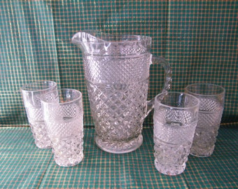 Wexford Crystal Pitcher and juice glasses, Vintage Anchor Hocking set 9 inch Jug  and four 8 ounce tumblers classic crisscross, wedding gift