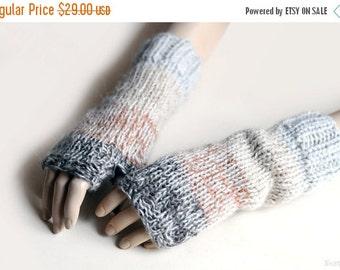 SALE Knit fingerless mittens Knit fingerless gloves Knit fingerless mitts Beige mittens Knit wrist warmers Chunky knit gloves Christmas gift