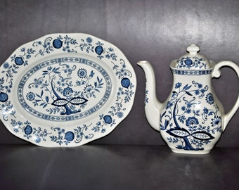 Vintage WEDGWOOD England BLUE ONION Coffee Server and Matching Oval Platter