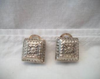 Raised Square Clip On Earrings Premier Puffy Geometric Floral Vintage Costume Jewelry Silver Tone