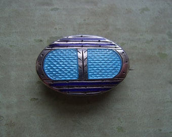 An Antique Enamel Brooch/Pin/Lace Pin - Victorian/Edwardian - Guilloche Enamel - Buckle Motif.