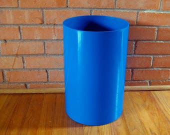 Kartell Electric Blue Waste Basket Gino Colombini Trash Can
