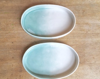 Set of 2 porcelain dishes, ring dishes, card holders, condiment dishes