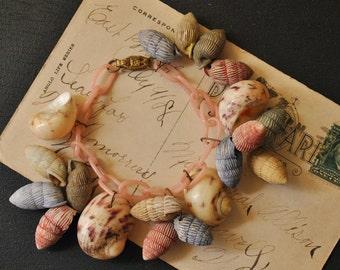 1940s Sea Shell Souvenir Bracelet