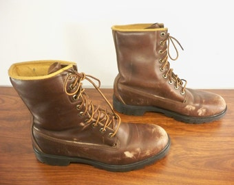 Vintage Timberland Men's Work Hunting Motorcycle Brown Leather Soft Toe Boots Made in USA Size 9