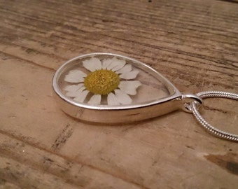 pressed daisy necklace high quality made in lancashire