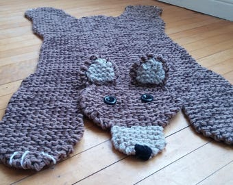 Hand knit brown bear rug/mat/blanket