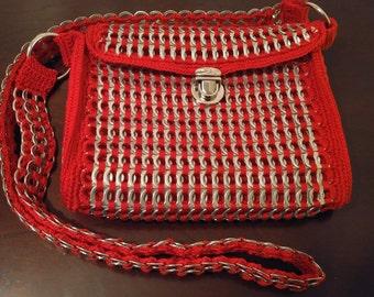 Upcycled poptab purse/sodatab purse