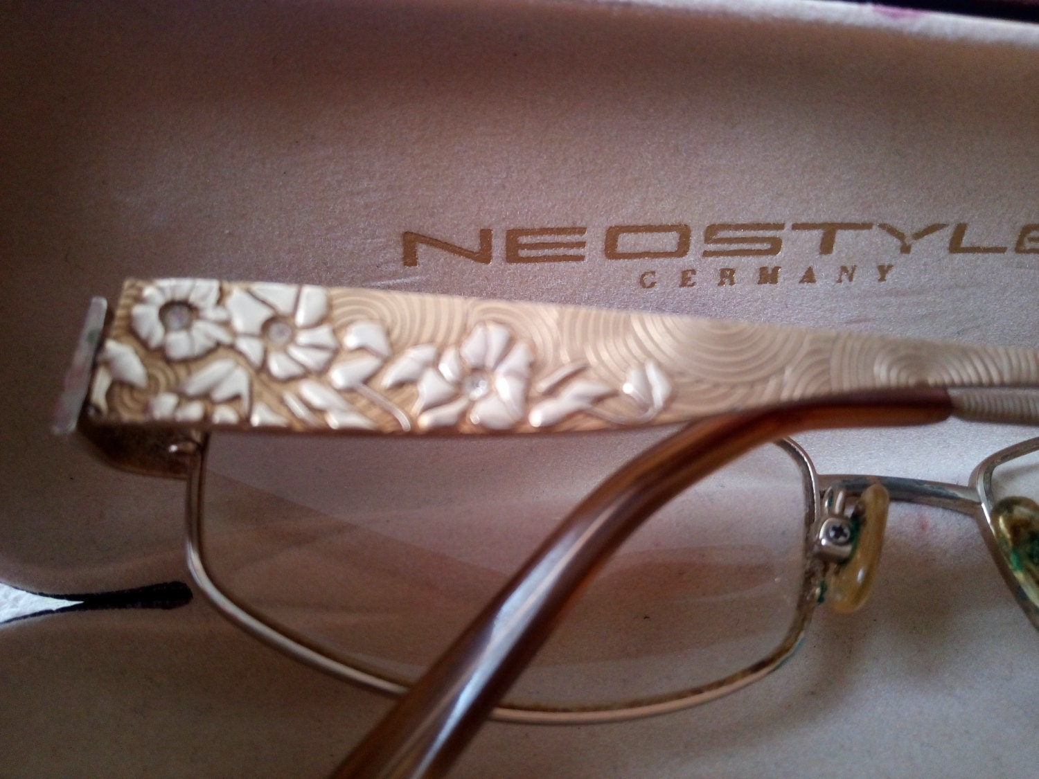 7251c18dba9 Vintage Janet Reger London Glasses Metal Frames with Leather Case by  Neostyle Germany