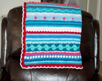 Afghan / Blanket / Throw / Colorful handmade lap afghan