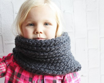 Crochet scarf - crochet kids scarf - cowl for kids - scarf for kids - kids cowl - kids scarf - washable cowl - washable scarf - gray cowl