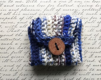 Wrist Pocket-Blue with Wooden Button