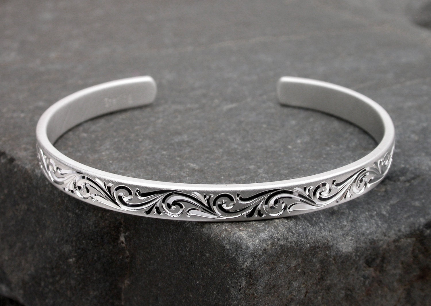 engravable silver bracelet engraved bracelet pure silver cuff. Black Bedroom Furniture Sets. Home Design Ideas