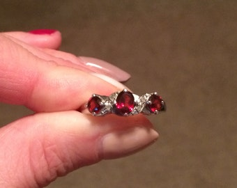 New, Unworn Garnet Ring With  Sterling Silver Band. Custom Made In 2014 - Size 7 1/2