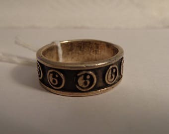 Sterling Silver Yin and Yang Band Ring - size 10 1/2
