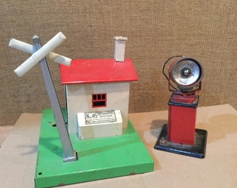 Vintage Lionel No. 45 Automatic Gateman with Separate Spotlight