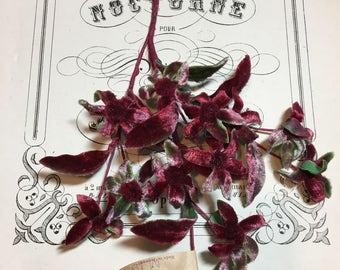 Vintage velvet millinery daisy