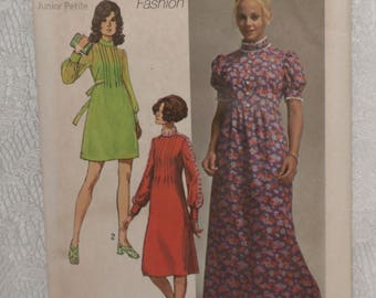 Simplicity 9080 Pattern Maxi Mini Dress Pleated Front Puffed Sleeve Granny Gown Size 5JP Bust 31 Junior Petite Vintage 1970's
