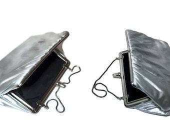 Metallic Silver Evening Bag,Vintage Lamé Purse,Silver Clutch with Chain Strap,Wedding Purse,Formal Evening Bag,Silver Lamé Party Purse
