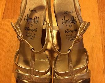 Vintage 60s Gold Amalbi Italian T Strap Heeled Sandals Size 7
