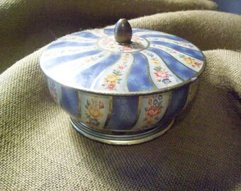 Beautiful Belgian Tin Bowl with Top