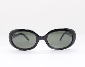 90's oval sunglasses. NOS vintage black framed original with black lenses. 60s style. BNWOT. Lunettes, Sonnenbrille, club kids.