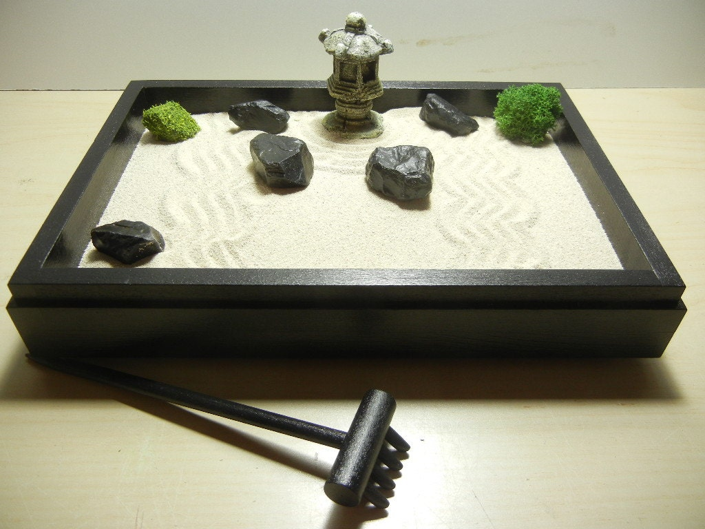 special small zen garden with pagoda diy kit. Black Bedroom Furniture Sets. Home Design Ideas
