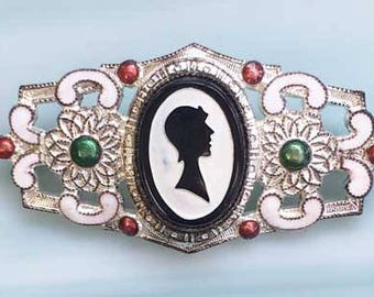 Unusual '1930s' Lady in Hat 'Cameo' Silhouette Pin