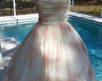 50s / 1950s Vintage Garden Party Dress