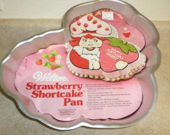 Vintage Wilton 1981 Cake Mold Strawberry Short Cake MINT