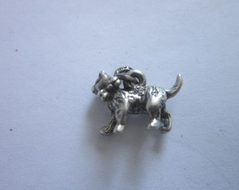 Vintage Sterling Silver Full Bodied Cat with Bow Charm Bracelet Charm