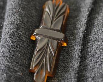 Wonderful Bakelite Black and Applejuice Vintage Pin