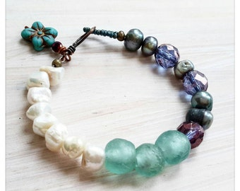Pearl and glass bracelet - green and purple bracelet - pearl and recycled glass