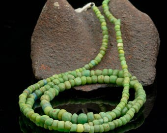 Rare ANCIENT Green Indo-Pacific Trade Glass Bead Strand 14.10 g 100 BC – 500 AD