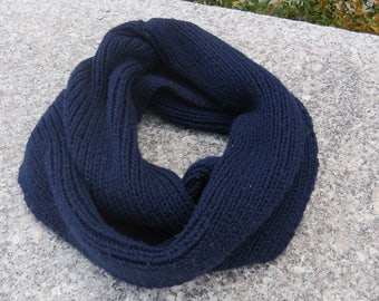 Ready to Ship || Navy Ribbed Knit Infinity Scarf
