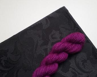 LOVE SOCK,20 g, Prune, merino nylon sock yarn