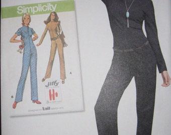 Simplicity  pattern 8255, jump suit.