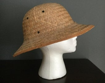 Vintage 30s straw woven Safari style formed hat
