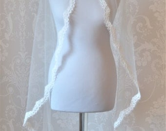 "MILA"" Luxury Vintage Inspired Bridal Veil"