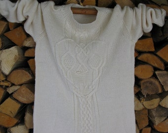 Women's Cable Knit Sweater/ Wool Tunic/ Skull Sweater/