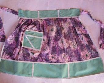 vintage 1950s hostess half apron, 1950s apron