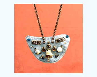 GILDED-MANE Sky-Blue Necklace in Reclaimed Leather, Women's March Collection