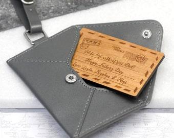 Étiquette de bagage personnalisé, étiquette en cuir, acrylique d'insertion personnalisé, cadeau de voyage, avion Design, étiquette à bagage en cuir personnalisé enveloppe en papier