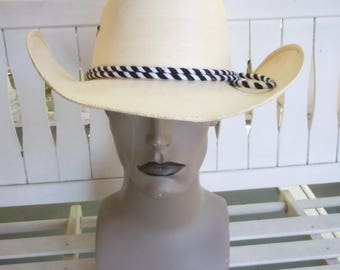 Size 7 1/2 ** Very Cool 1970s Cowboy Hat