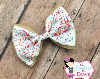 Poptart inspired bow, poptart bow, pop-tart bow, frosting bow, frosting hair bow, sprinkles bow, sprinkles hair bow