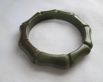 Green Bakelite Bamboo Bangle Bracelet