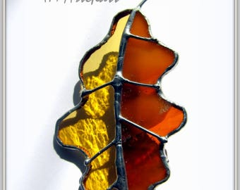 Stained glass shaped brooch Oak leaf. Nice gift for anyone. Handmade fallen leaf