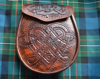 Stunning Hand Crafted Celtic Heart Scottish Sporran.