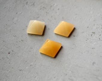 1 Piece Natural Yellow Jade Pyramid Ring Cabochon 14mm
