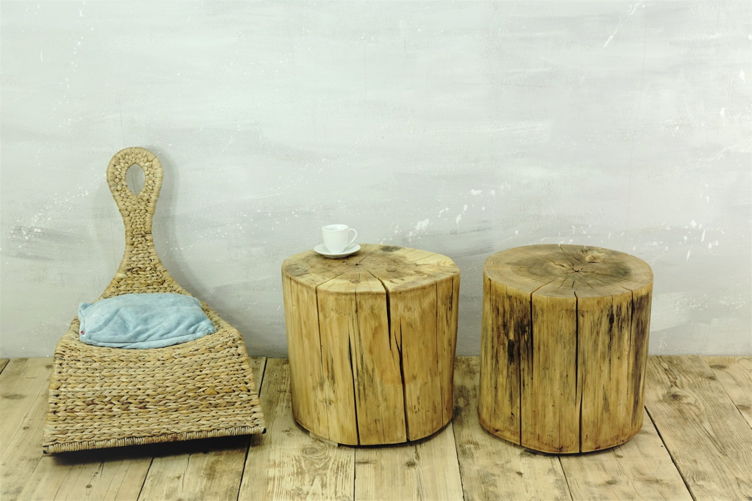 tree stumps table set of 2 rustic tree trunks baumstumpf baumstamm tisch sgabello ceppo di legno. Black Bedroom Furniture Sets. Home Design Ideas